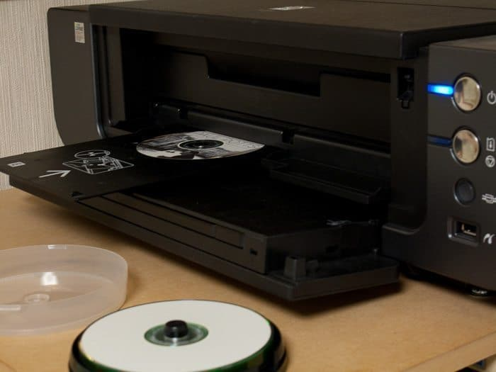 Printing on a CD with my Canon Pixus (Pixma) Pro 9500.