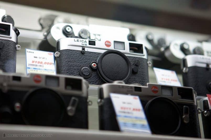 Leica Cameras (B1F)