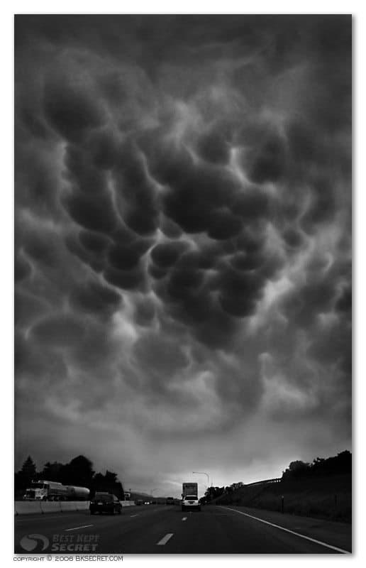 Mammatus Indigestus - Bowels of the storm © Landon Michaelson
