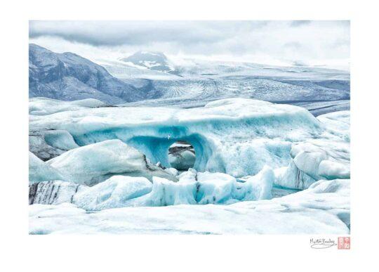 Jökulsárlón Lagoon Ice Arch