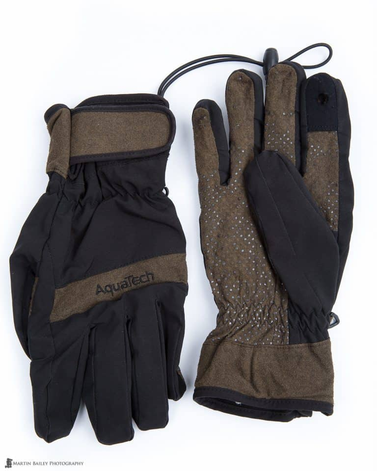 AquaTech Sensory Gloves