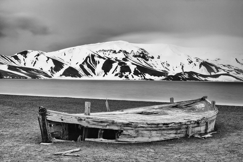 Whalers Bay Boat - Deception Island