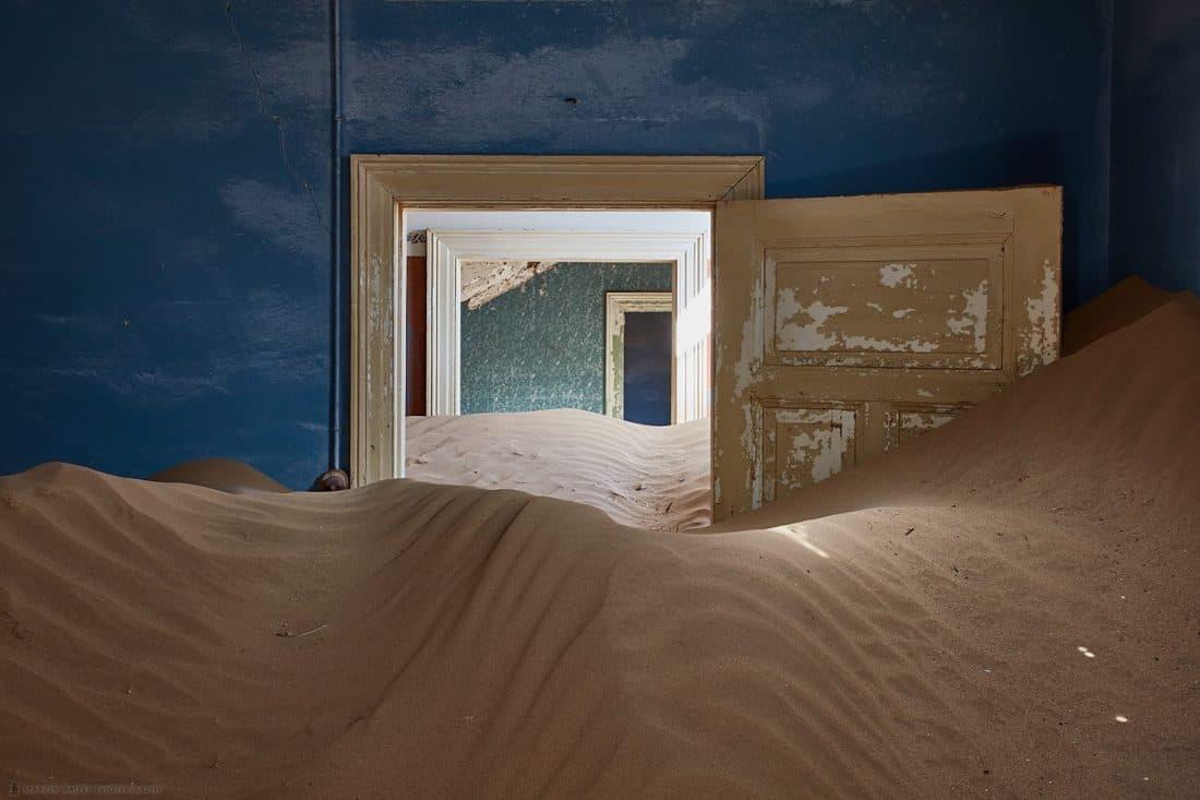 Kolmanskop Doors