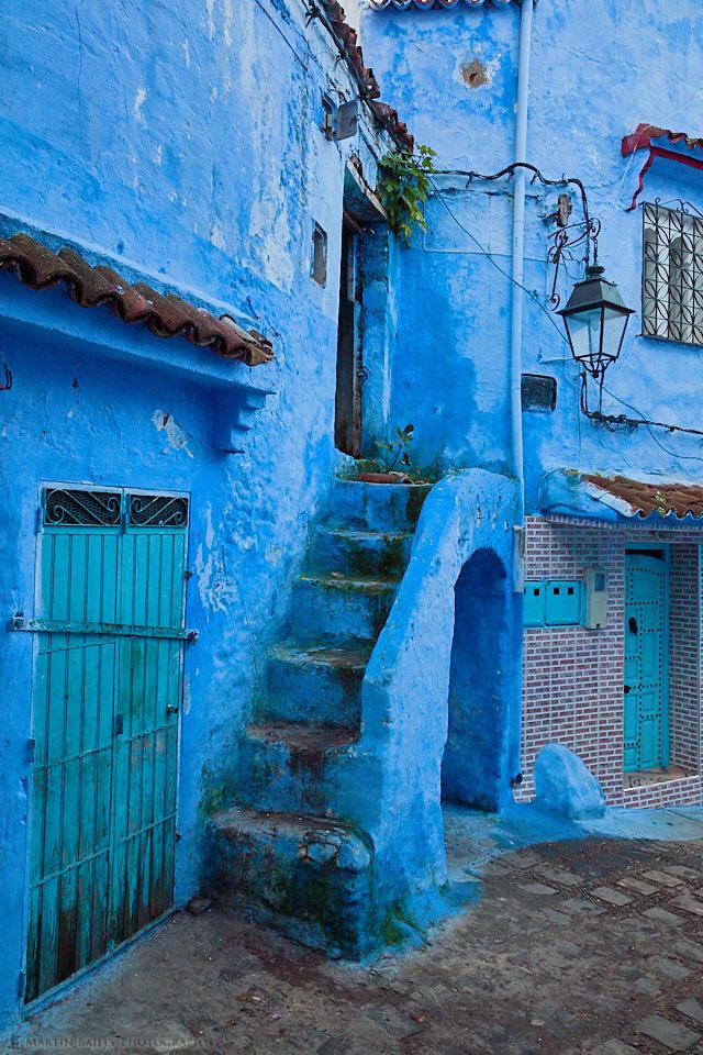 Round Blue Steps