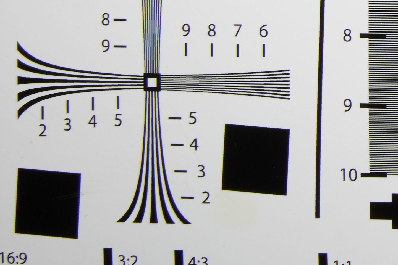 RF24-105mm @ 24mm f/16 Corner