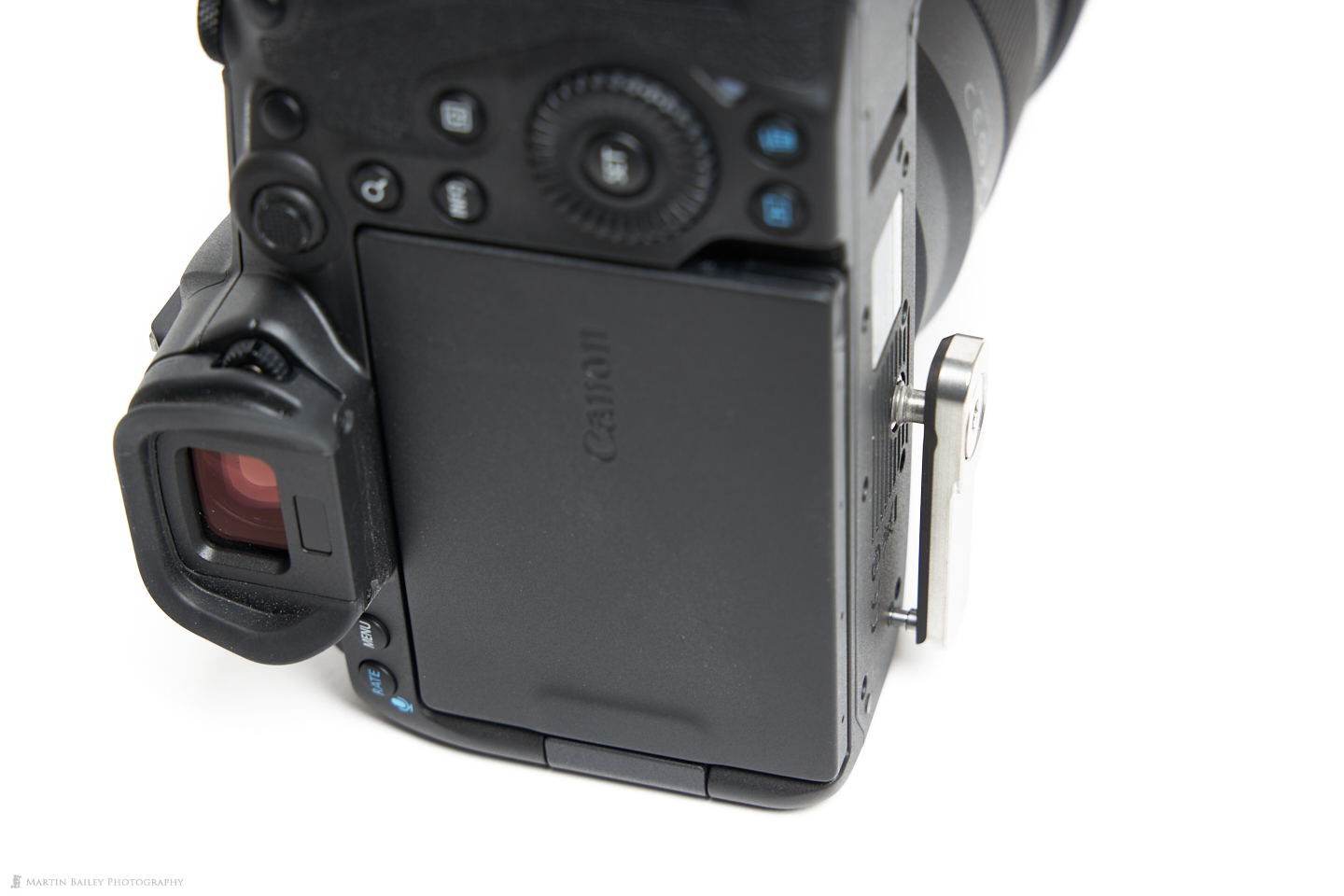 Locking Pin Registered with Canon EOS R5